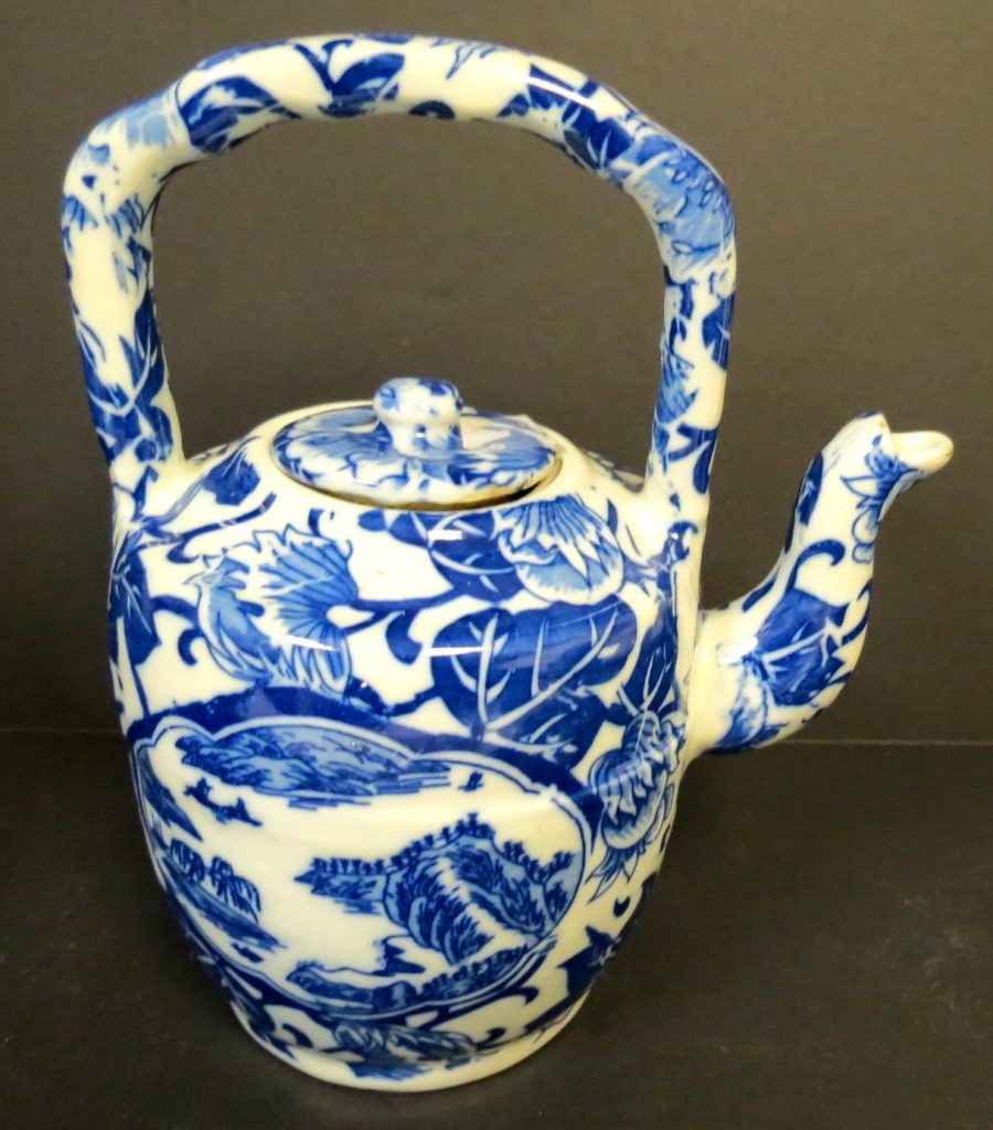 "Qianlong - Blue China - Family Tea Pot - H: 8"" Image"